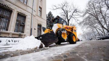 Вывоз снега с дворов